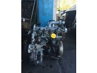 Breaking Vivaro Trafic primastar 1.9 dti complete engine M9r engine recondition INJECTOR REMOVE