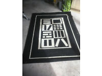 Rug approx 1.9 x 1.4 m - good condition