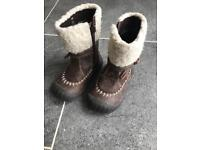 Mothercare boots size 4