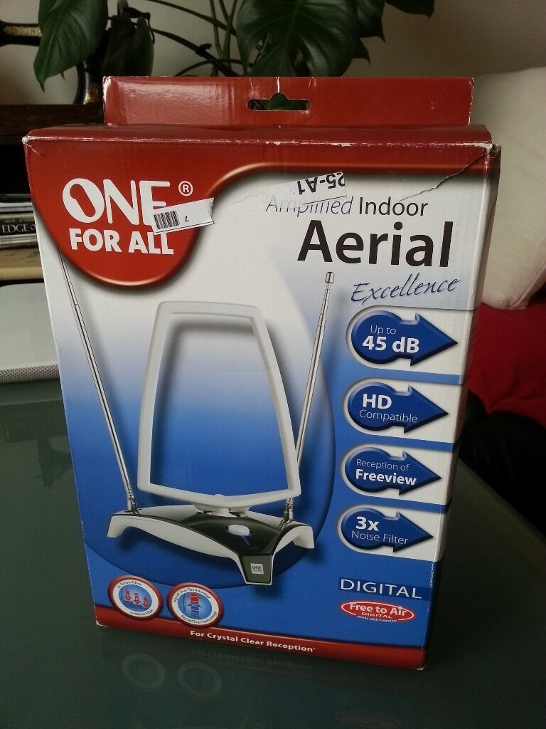 One for All SV9360 digital set-top amplified indoor aerial