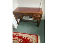 Beautiful Old Charm desk in exceptional condition