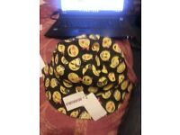 Reversible Bucket Hat Black Yellow Red Smiley Smile Face Emjoi Supreme Palace Skateboards Nike