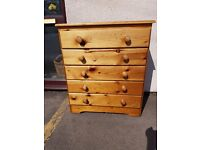 Excellent quality and condition solid pine chest of 5 drawers
