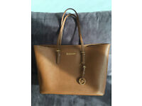 Authentic MICHAEL KORS Women's Jet Set Large Tote - Brown - Brand New