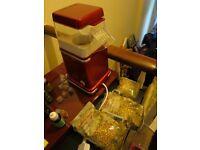 popcorn machine, with popcorn kernals