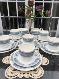"Vintage 20-Piece Johnson Bros Floral Blue and White ""Snow White"" Tea Set for Six"
