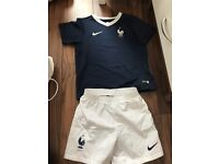 France strip age 4-5 years