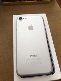 IPhone 7 32gb Unlocked Matt Black and white silver
