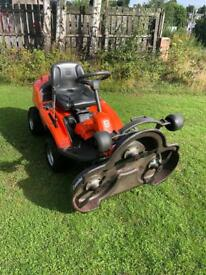Husqvarna R216AWD Ride on mower 103cm 4 wheel drive