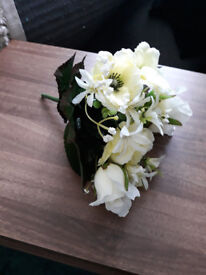 16 White Artificial flower bouquets