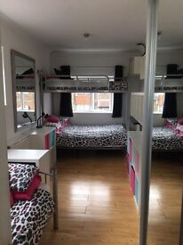 Host Family Accommodation - Shared EnSuite room in relaxed, caring home