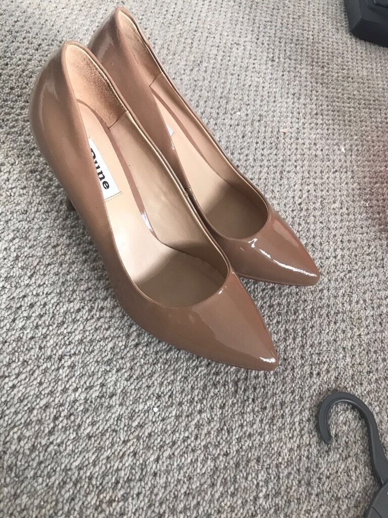 Brand new dune shoes size 7 nude patant never warn
