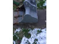"""Excavator bucket 18"""""""