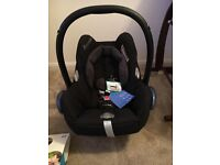 Brand new with tags Maxi Cosi Car Seat with brand new rain cover