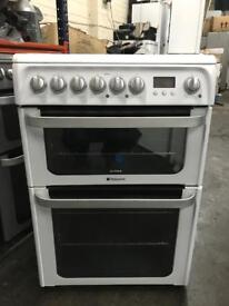 Hotpoint 60cm ceramic top cooker.