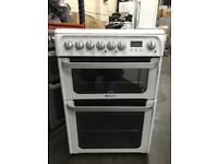 Hotpoint 60cm ceramic top cooker.