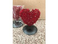 8 Heart shaped table number holders