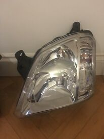 2007 Vauxhall meriva headlight spares Passenger and drivers side perfect condition