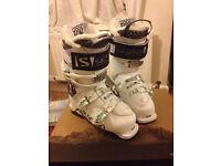 Salomon Ski Boots Ladies Size 5