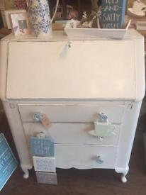 Painted bureau in Lovely condition