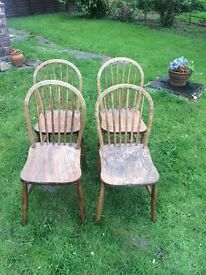 A SET OF FOUR FARMHOUSE RUSTIC SHABBY CHIC VINTAGE WOODEN ELM ERCOL SPINDLE DINING KITCHEN CHAIRS