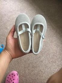 Zara baby girl size 23 - Brand new