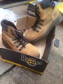 Brand New Dr.Martens industrial steel toe caps working boots size 8