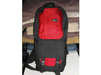 lowepro fastpack 100 dslr camera bagbackpack brand new, open but unused (card tags taken off) - £25
