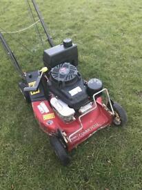 Toro commercial mulching lawnmower