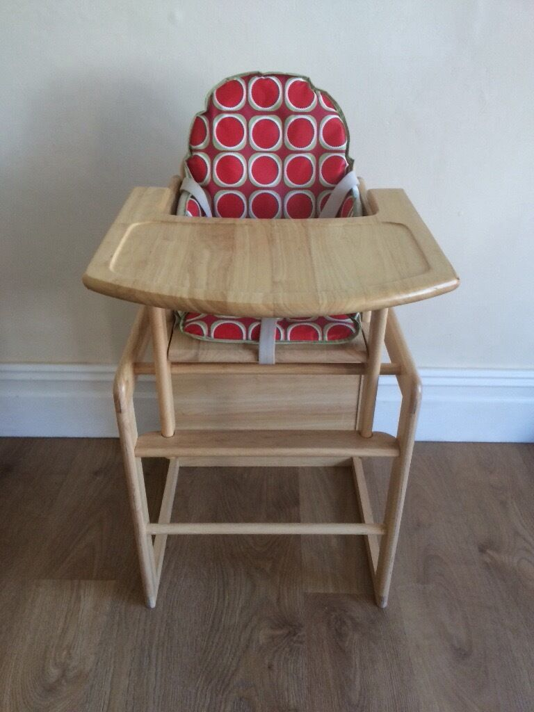 Wooden High Chair With Padded Cushion Turns Into Table And