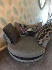 Cuddle chair 2 Seater