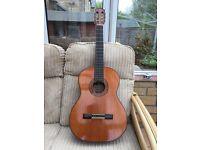 Classical Acoustic Guitar by GRANADA plus Case