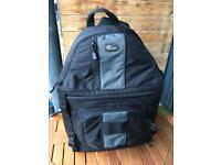 Lowepro SlingShot 302 - unwanted gift, like new