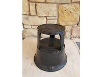 Round black 2 tier step stool