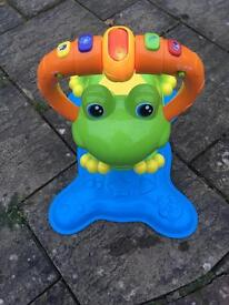 Bounce and spin frog perfect condition