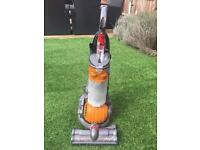 DC24 Dyson Hoover fully working