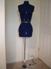 Dressmaker's/Tailor's Dummy (adjustable)