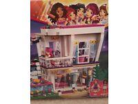 Brand new Lego Friends pop star house