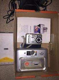 Kodak Easyshare CX7525 camera, printer & paper £10