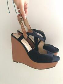 Dorothy Perkins size 5 wedges