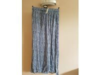 H&M blue patterned skirt brand ne with tag size 12