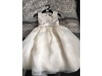 Brand new flower girl dress 7-8 years. Tags still attached