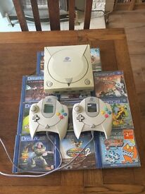 Sega Dreamcast | 11 Games | Two Controllers | Rumble Pack and VMU