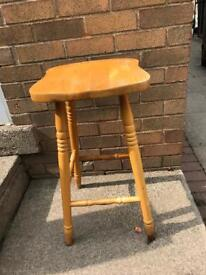 Wooden stool chair