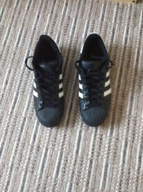adidas trainers black size 9
