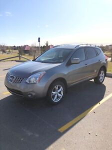 """2008 Nissan Rogue SL """"Loaded, Sunroof, Htd Seats, Low Kms"""""""