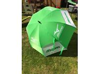 Mizuno Golf Umbrella NEW with tags & TaylorMade R9 Towel