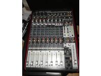 Behringer xenyx ufx 1204 mixer