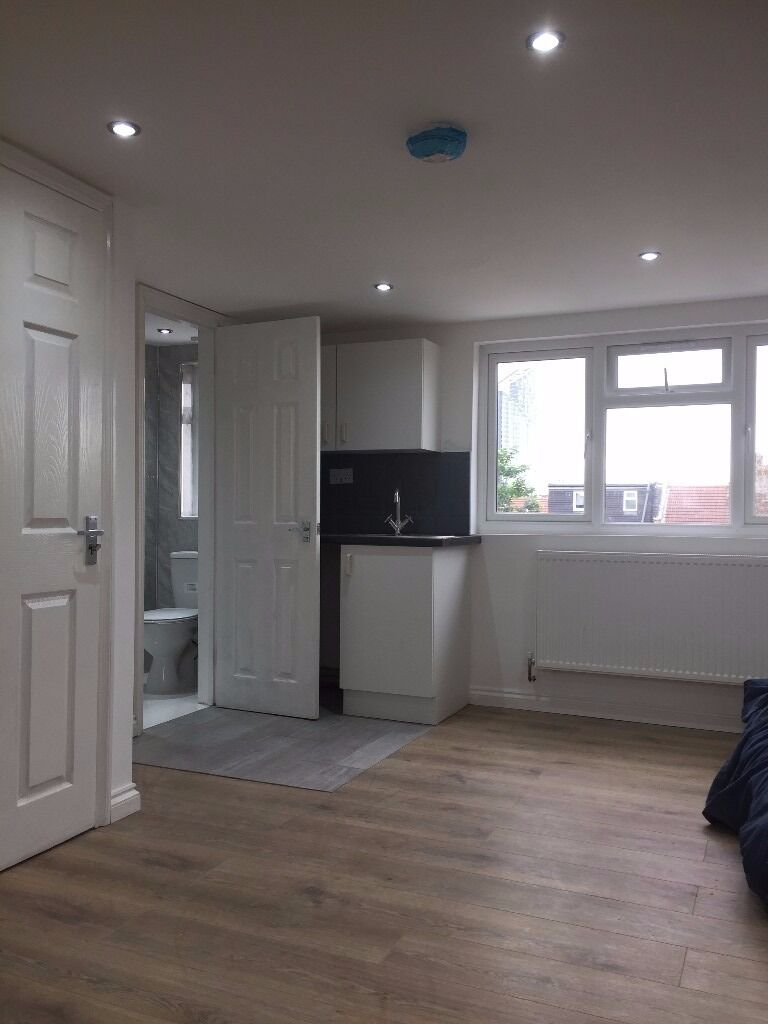 PROPERTY HUNTERS ARE PLEASED TO OFFER 5 MODERN NEWLY REFURBISHED STUDIO APARTMENTS IN ILFORD!!!!