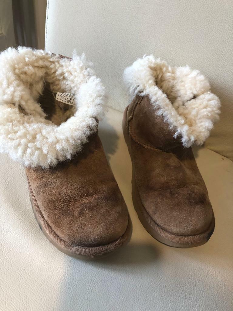 42dfcdc6f40 Children's Ugg Boots for sale size 2 | in Monifieth, Dundee | Gumtree